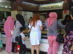 Masuk Musim Nikah, Warga Ramai-ramai Berburu Emas di Makassar