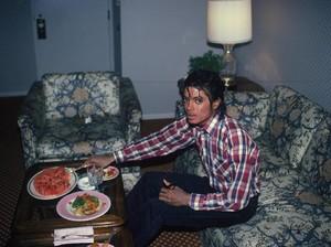 Ini Makanan Kesukaan Michael Jackson hingga Akhir Hidupnya