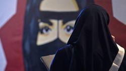 Kaum Feminis Arab Saudi Berjuang Melalui Radio Online