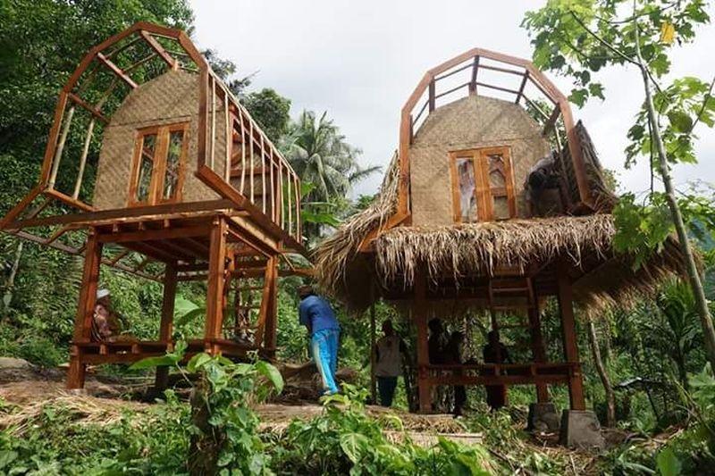 Leluhur Suku Sasak di Pulau Lombok telah mewariskan rumah tradisional Bale Balaq. Bale berarti rumah dan Balaq berarti bahaya atau malapetaka (John/Istimewa)