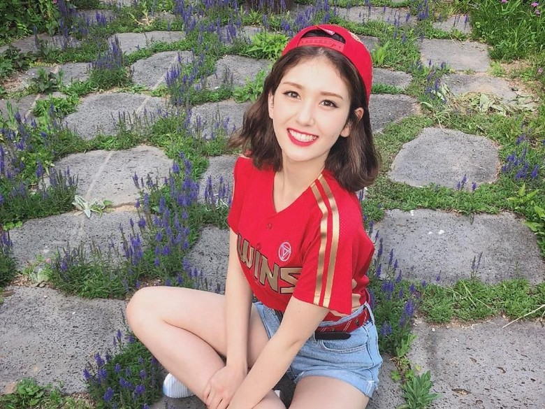 Bikin Penasaran! Ini Rencana Debut Jeon Somi di The Black Label