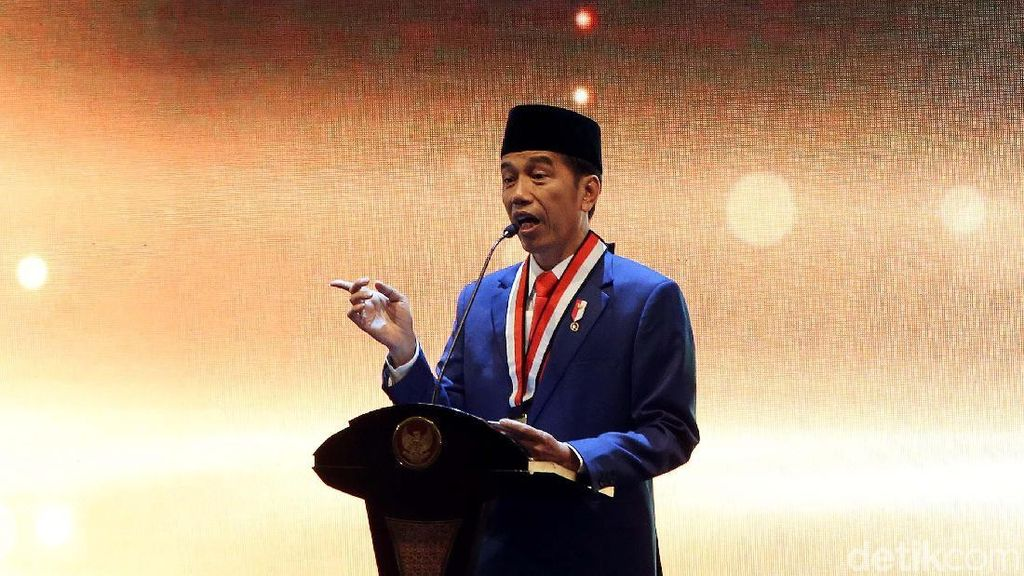 Jokowi Beberkan Alasan Gencar Bangun Infrastruktur di Luar Jawa
