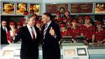 Foto: Pertama Kali McDonalds Buka di Rusia