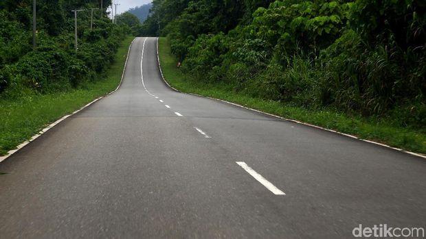Menjajal Aspal Mulus Menuju Perbatasan RI-Papua Nugini