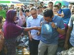 Kepada Sandiaga, Emak-emak di Semarang Ini Bilang: Sukses Ya Say!