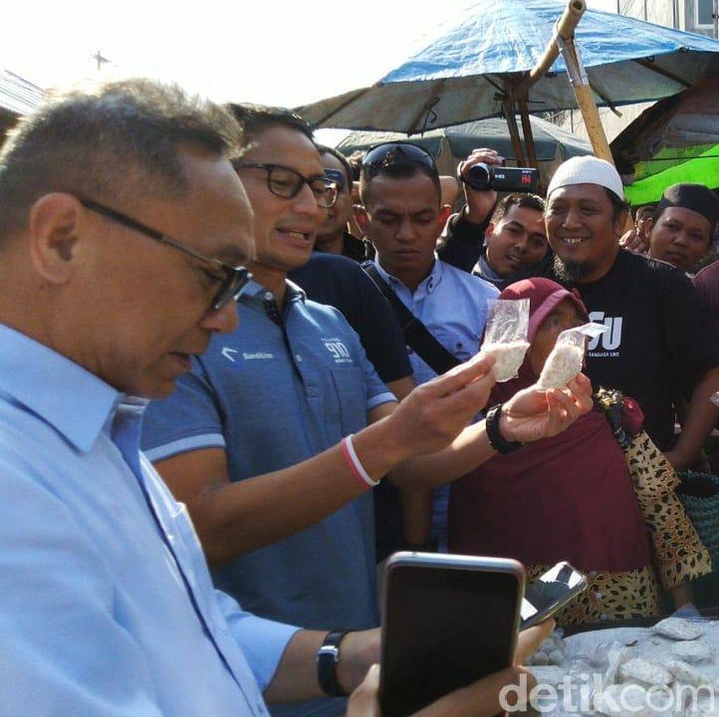 Blusukan ke Pasar di Semarang, Sandiaga Kaget Ada Tempe Sachet