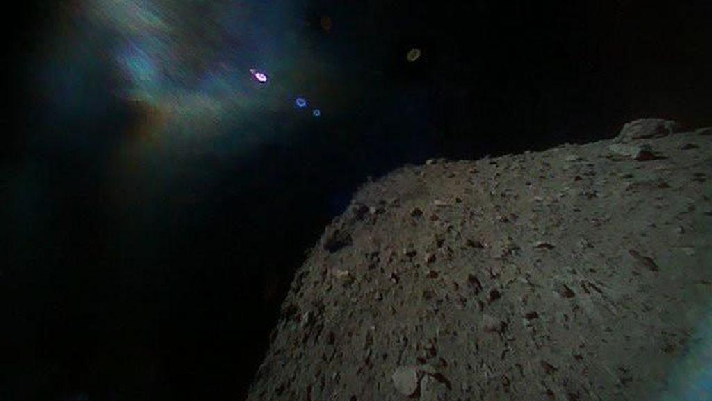 10 Bopeng di Bumi Akibat Hantaman Dahsyat Asteroid