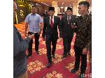 Saat Jokowi Takut Keliru Bila Tak Sapa Sandiaga