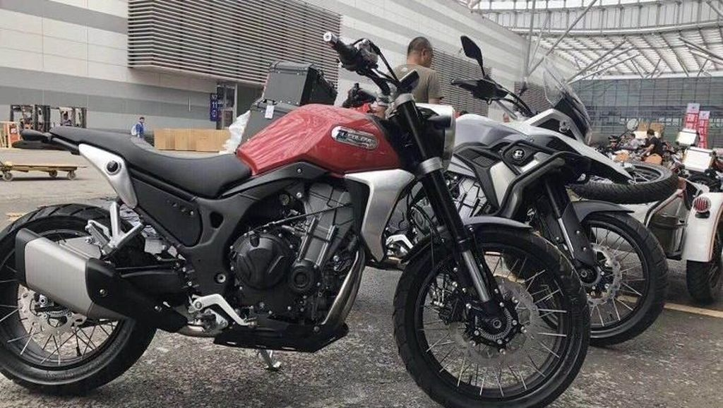 Baru Meluncur, Honda CB250R Sudah Ada Versi Bajakannya