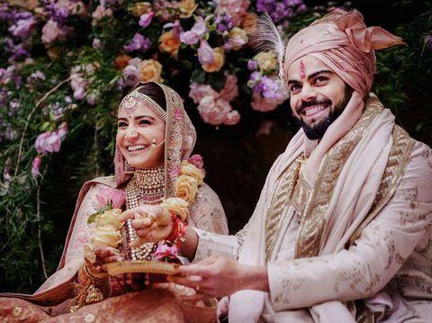 Kisah Cinta Virat Kohli dan Anushka Sharma dalam Gambar