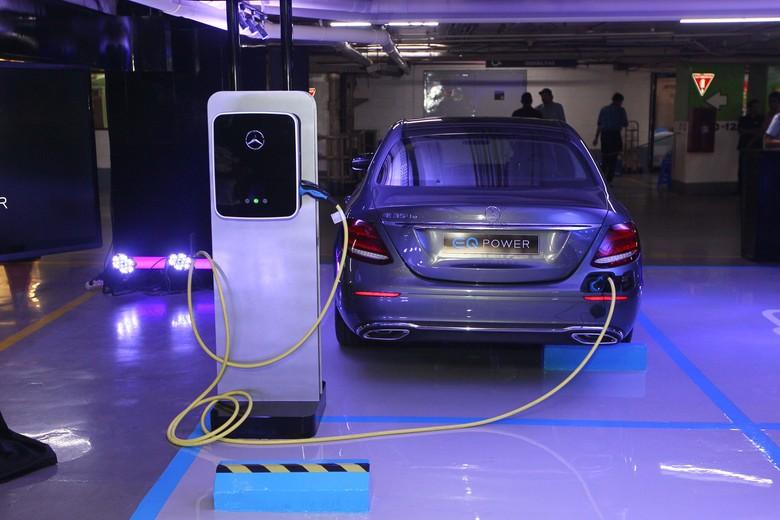 Mobil listrik. Foto: Rengga Sancaya