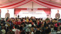 Jokowi Serahkan 7.000 Sertifikat Tanah ke Warga Bogor