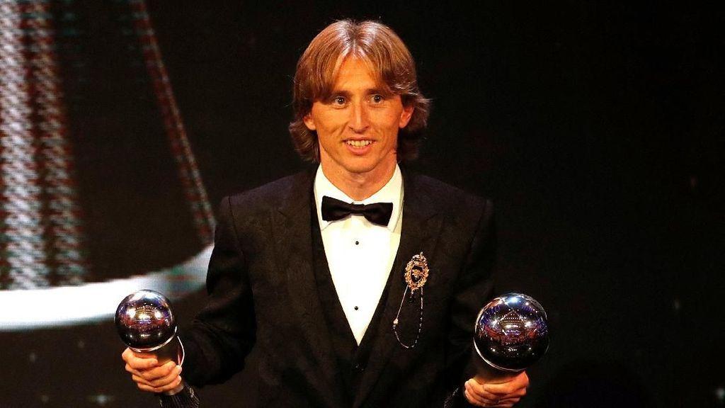 Video: Luka Modric Pemain Terbaik Dunia