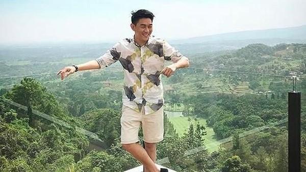 Heboh Foto Seranjang dengan Cewek, Ini Kata Ifan Seventeen