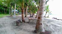 Pantai Holtekamp.