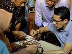 Menurut Sandiaga Uno, Apa Hubungan Batik dengan Janggut Artis?