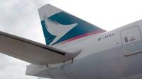 Memiliki prototipe 777-200 atau memiliki kode pesawat B-HNL, mulai diproduksi pada tahun 1994. Pesawat ini memasuki layanan komersial dipakai oleh Cathay Pacific Hong Kong pada tahun 2000 (Cathay Pacific)