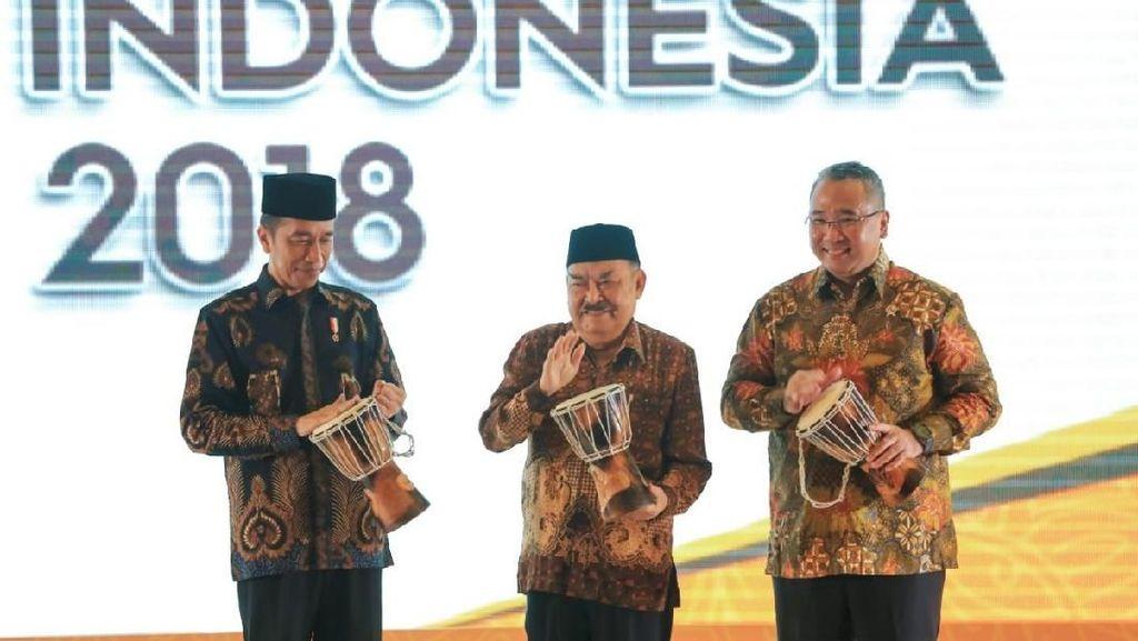 Jokowi Minta Pensiunan PNS Bantu Urus Dana Desa