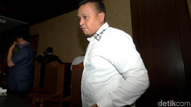 Adu Argumen Ponakan Novanto dan Anak Buah Fayakhun Soal SGD 500 Ribu