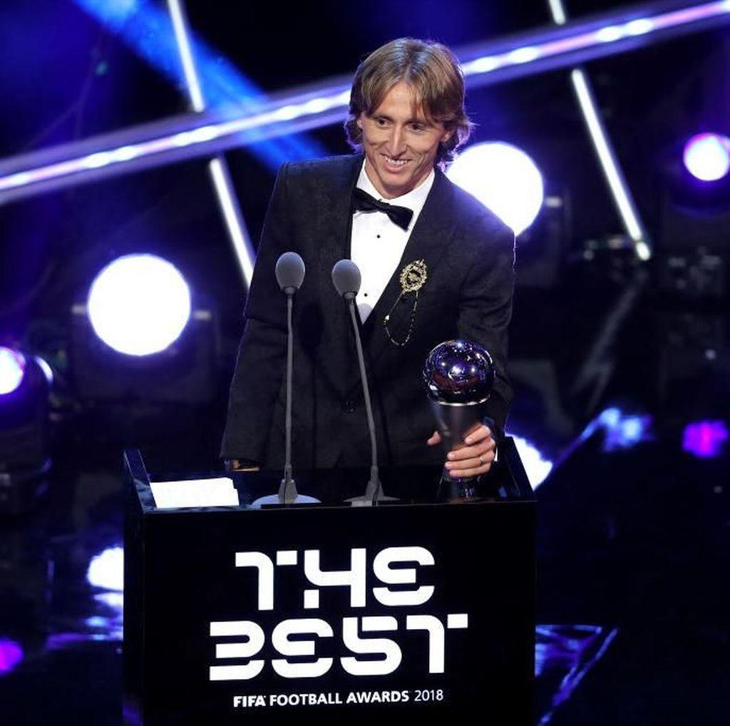 Luka Modric Jadi Pemain Terbaik Dunia FIFA 2018