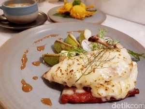 Sajiva: Ada Grilled Chicken Keju Enak di Coffee Shop Klasik