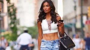 Foto: Traveling Seru Model Victorias Secret Kelly Gale