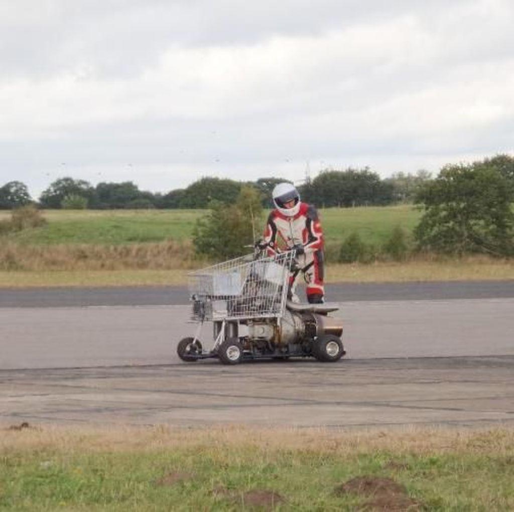Konyol, Ini Troly Tercepat di Dunia Pakai Mesin Turbo Hayabusa