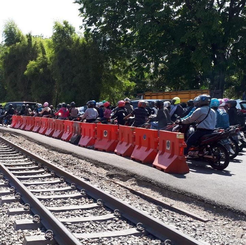Blok Rel Wonokromo Siap Dipasang, Oktober Ditargetkan Rampung