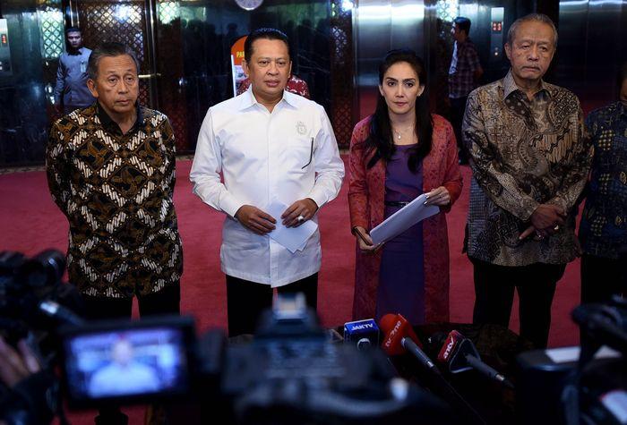 Dalam laporan investigatif terkait pembangunan Kalibaru (NPCT) Pelindo II (IPC) diduga adanya kerugian negara yang dialami karena gagal konstruksi. Foto: dok. Pansus Angket Pelindo