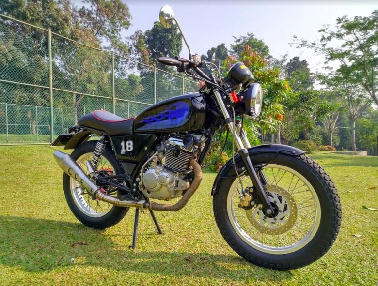 Modif Suzuki Thunder 125 Si Api Biru Pelahap Gunung Salak