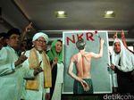 Yenny Wahid, Lukisan Perjuangan dan Dukungan ke Jokowi