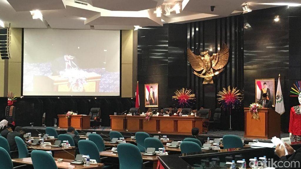 Anies-DPRD Ucapkan Duka untuk Haringga di Paripurna APBD-P