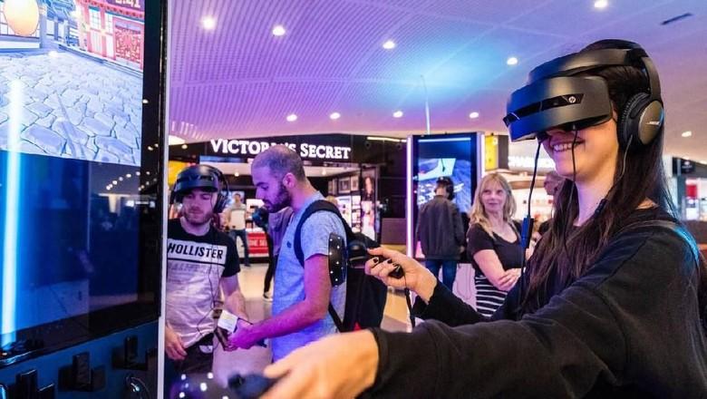 Fasilitas hiburan virtual reality di Bandara JFK New York (Periscape)