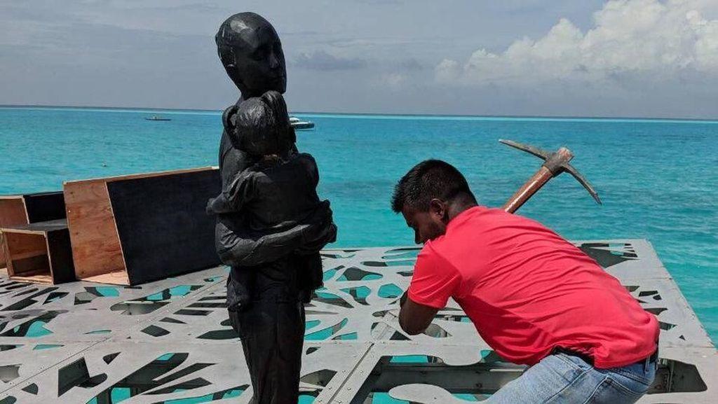 Dianggap Berhala, Patung Bawah Air Maldives Dihancurkan