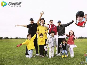 Beberapa waktu lalu aktor sekaligus penyanyi Taiwan ini ikut serta dalam reality show China Let Go of My Baby. Jerry tampil bersama anak-anak yang menggemaskan. (Foto: Instagram/jerryyanindo)