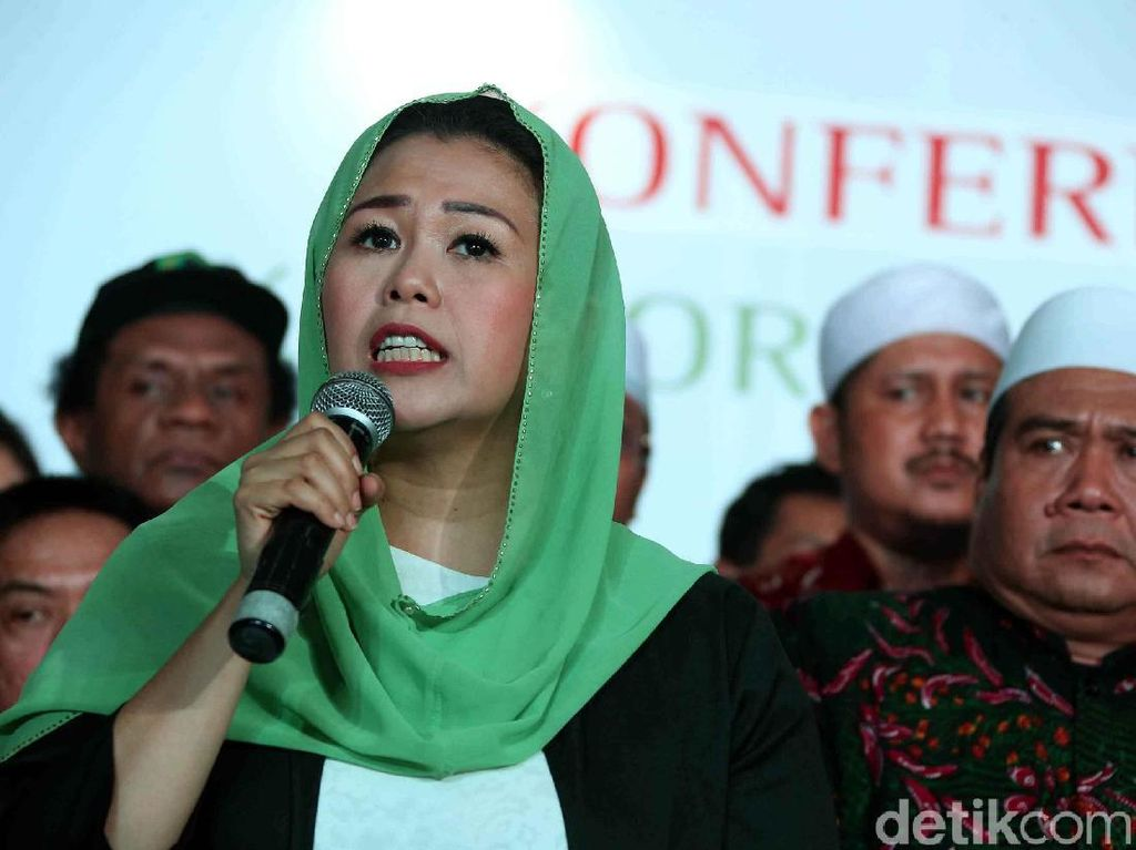 Video Yenny Wahid Deklarasi Dukung Jokowi-Maruf Amin