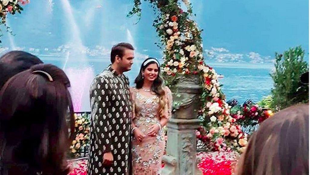 Pertunangan Terbesar Bollywood: Sulap Danau Como, Bertabur 'Bintang'