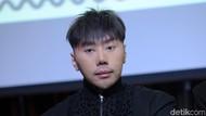Roy Kiyoshi Pakai Tas Hermes, Banyak Netizen Mendadak Ahli Fashion