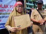 Protes Batasan Usia CPNS, Guru Honorer Ini Surati Jokowi