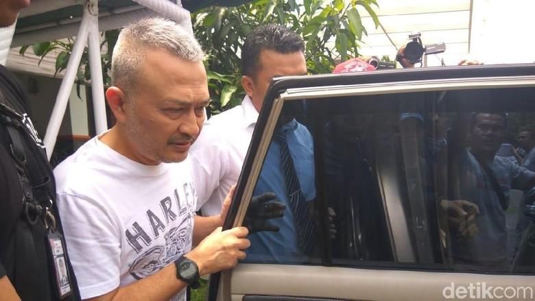 Ketua Fraksi Golkar DPRD Sumut Dijemput Tim KPK