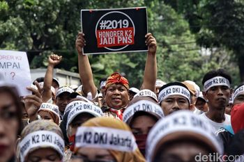 Foto: Unjuk Rasa Pegawai Honorer #2019HonorerK2JadiPNS