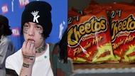 Terlalu Banyak Makan Snack Pedas, Rapper Lil Xan Dilarikan Ke Rumah Sakit