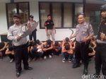 Polisi Amankan 24 Pelajar yang Bawa Senjata Tajam