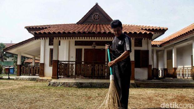 Pemprov DKI Jakarta menggunakan lahan bekas gedung Kodim untuk membangun Taman Benyamin Sueb di Jatinegara. Penasaran?
