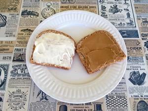 Ini Dia Roti Oles Selai Kacang Mayo yang Lagi Viral