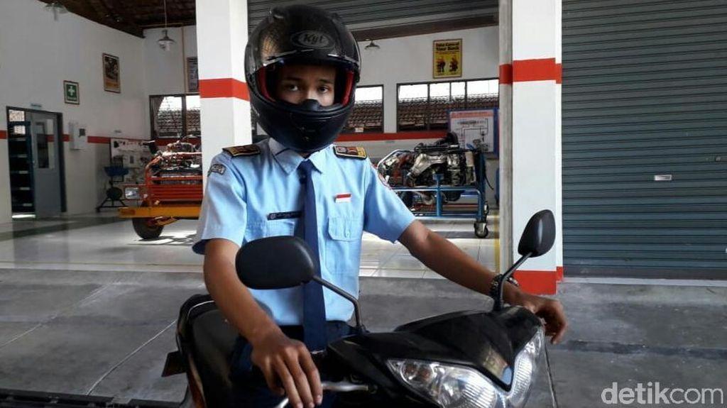 Helm Anti-begal Buatan Anak Sekolah