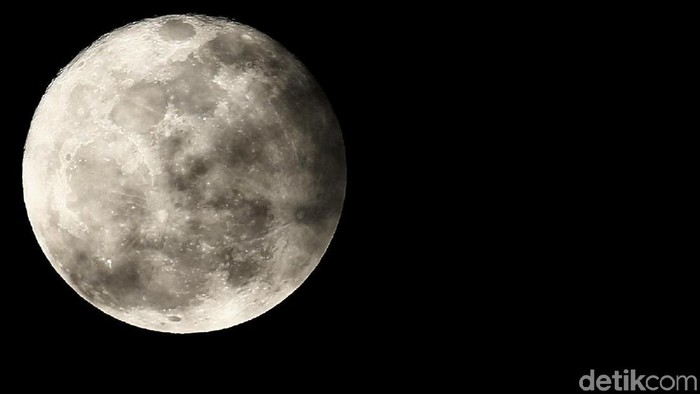 Ilustrasi Super Moon