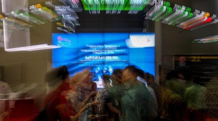 PT Federal International Finance (FIF) meluncurkan obligasi di Bursa Efek Indonesia, Rabu (26/9/2018). Surat utang senilai Rp1,3 triliun ini Obligasi Berkelanjutan III FIF.