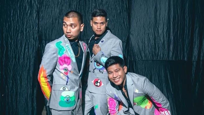 Lukisan Muklay di Outfit RAN di AMI Awards 2018