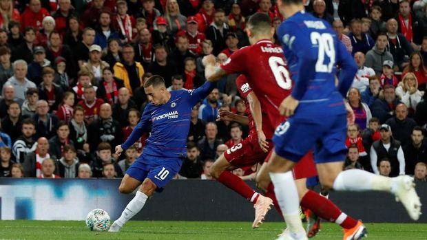 Liverpool wajib menang atas Chelsea untuk memuluskan jalan menuju gelar Liga Primer Inggris.